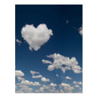 Carte Postale Nuage en forme de coeur