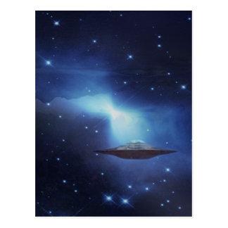 Carte Postale Objet de vol d'UFO dans l'espace