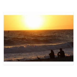 Carte Postale Observation du coucher du soleil