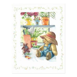 Carte Postale Ours de nounours de jardinier