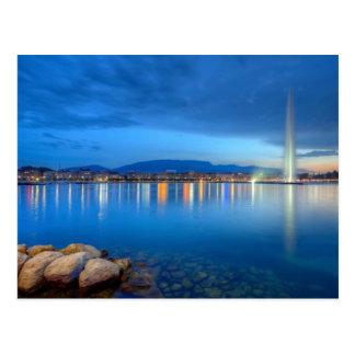 Carte Postale Panorama de Genève avec la fontaine célèbre,