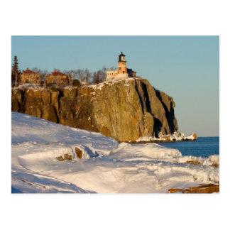 Carte Postale Parc d'état fendu de phare de roche sur le lac