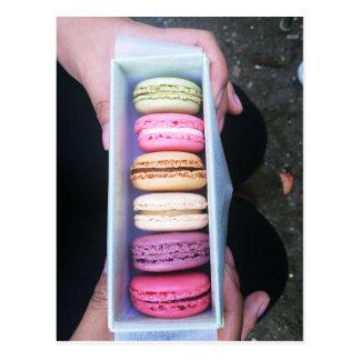 Carte Postale Paris : Polly veulent un biscuit ?