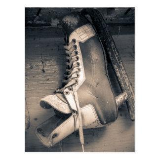 Carte Postale Patin vintage BW d'hockey