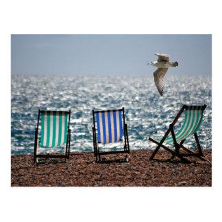Carte Postale Paysage de mouette de plage de mer de chaises