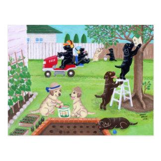 Carte Postale Peinture de Labradors d'amusement de dimanche
