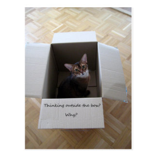 Carte Postale Pensée en dehors de la boîte