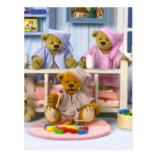 Carte Postale Petite soirée pyjamas d'ours