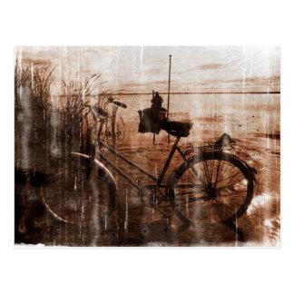 Carte Postale Photographie vintage usée de bicyclette