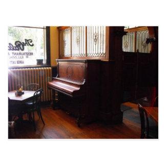 Carte Postale Piano solitaire