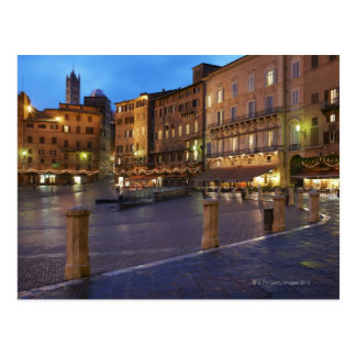 Carte Postale Piazza Del Campo au crépuscule, Sienne