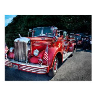 Carte Postale Pompier - 1949 et lui toujours courses