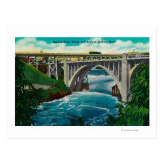 Carte Postale Pont et automnes en rue de Monroe sur la rivière