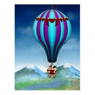 Carte Postale Porc de vol - ballon - et loin