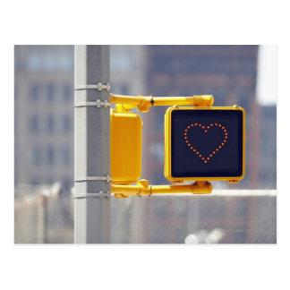 Carte Postale Poteau de signalisation avec la forme de coeur