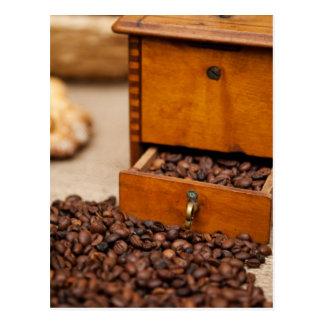 Carte Postale Poubelle/broyeur antiques de café