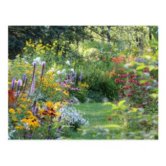 Carte Postale Rassemblement de trois jardins secrets