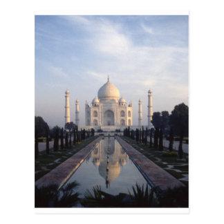 Carte Postale Réflexion du Taj Mahal à Âgrâ, uttar pradesh, Inde