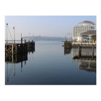 Carte Postale Réflexions de baie de Cardiff