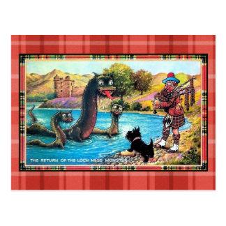 Carte Postale Retour drôle de cru du monstre de Loch Ness