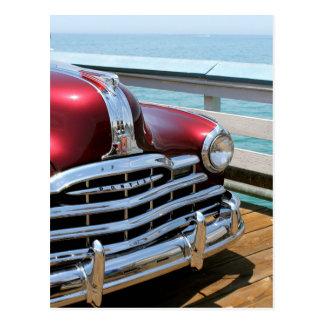 Carte Postale Rétro voiture rouge