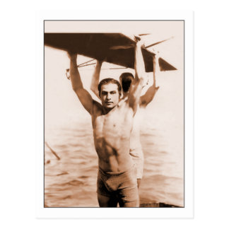 Carte Postale Rudolph Valentino dans le maillot de bain