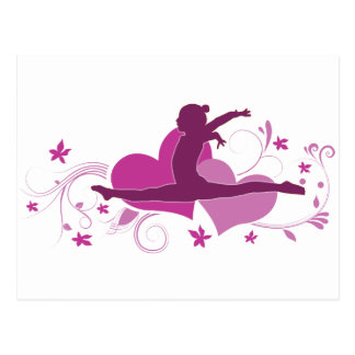 Carte Postale Saut rose de gymnastique de coeur