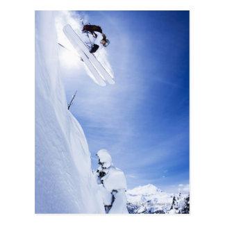 Carte Postale Sauter de skieur