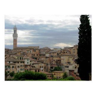 Carte Postale Sienne, Italie, tour de ville hôtel à la gauche