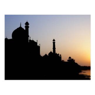 Carte Postale Silhouette du Taj Mahal au coucher du soleil,