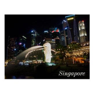 Carte Postale Singapour Merlion sur l'horizon
