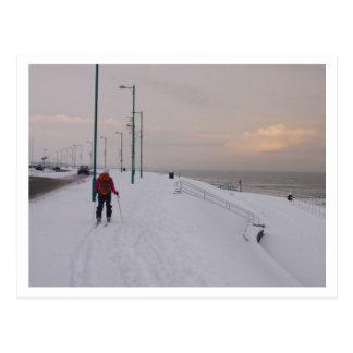 Carte Postale Skieur par la plage