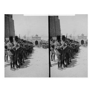 Carte Postale Soldats égyptiens dans la citadelle, le Caire