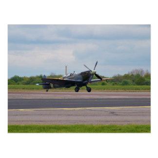 Carte Postale Spitfire sur la piste