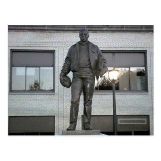 Carte Postale Statue commémorative d'Ernie Davis à Elmira, NY