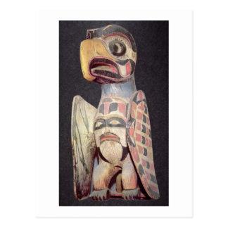 "Carte Postale Statue de ""Thunderbird"" de Haida (bois peint)"