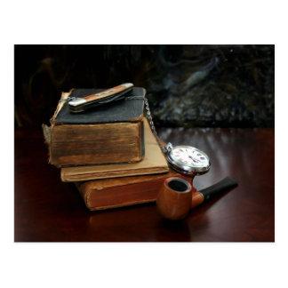 CARTE POSTALE : Tabagisme de tuyau et livres