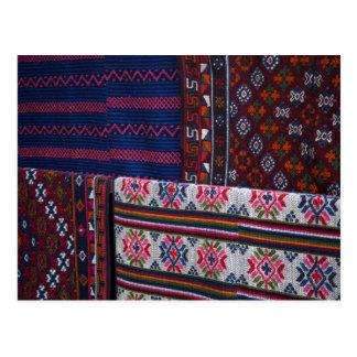 Carte Postale Textiles colorés du Bhutan