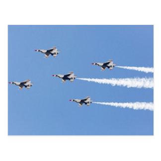 Carte Postale Thunderbirds F-16 pilotant la formation de