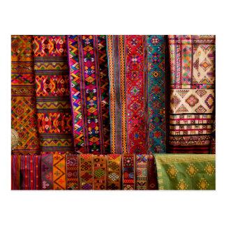 Carte Postale Tissus du Bhutan à vendre