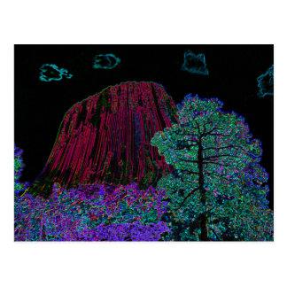 Carte Postale Tour au néon de diables de lueur