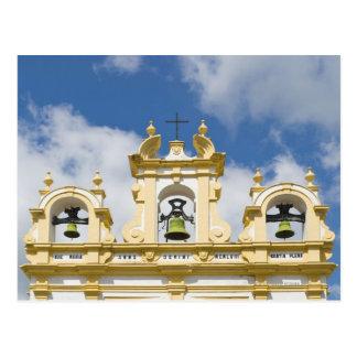 Carte Postale Tour de cloche d'église dans le village de