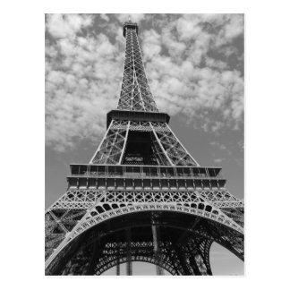 Carte Postale Tour Eiffel en noir et blanc
