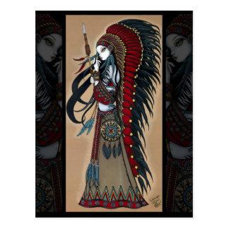 Carte postale tribale indigène de prêtresse de