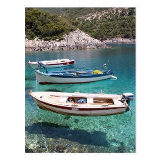Carte Postale Trois bateaux de pêche