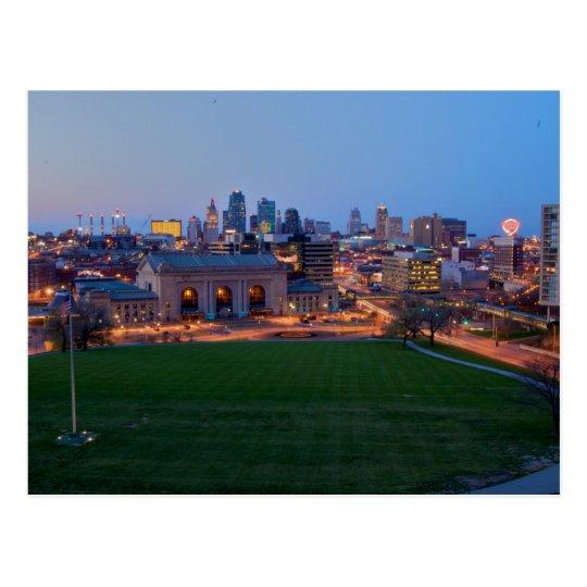 Carte Postale USA - Kansas - City Skyline As Night Descends