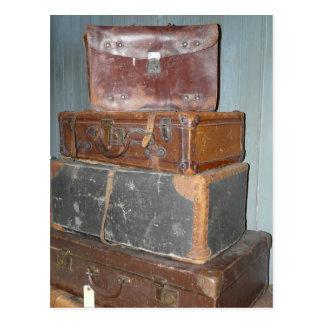 Carte Postale Valises vintages - piles de bagage