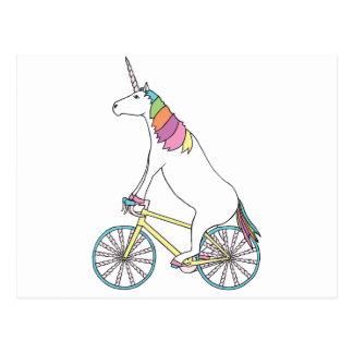 Carte Postale Vélo d'équitation de licorne avec des roues de