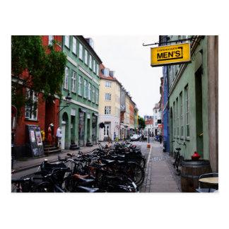 Carte Postale Vélos dans la vieille rue de Copenhague