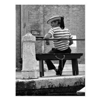 Carte postale vénitienne de gondolier
